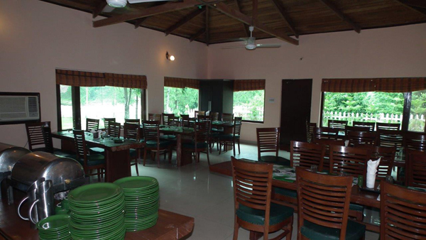 Dining area corbett riverside resort photos uttarakhand for Dining area pictures