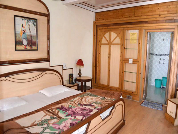 Room picture elphinstone photos uttarakhand pictures for Picture room