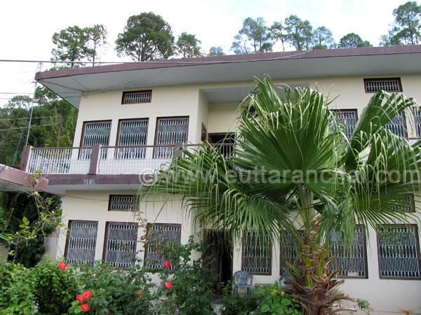 Rooms in himalaya mount view resort himalaya mount view for Mt vista cabina e motel