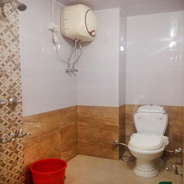 Bathroom himtrek photos uttarakhand pictures for Bathroom videos photos