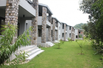 Aranya Safari Resort Photos