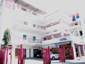 Balaji Hotel Photos