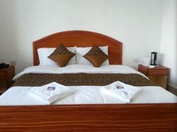 Bright Sunny Pines Resort Photos