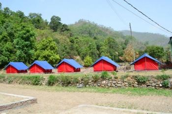 Dolmaar Riverside Camp Photos