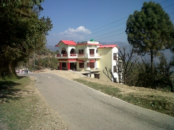 Garhwali Inn Photos