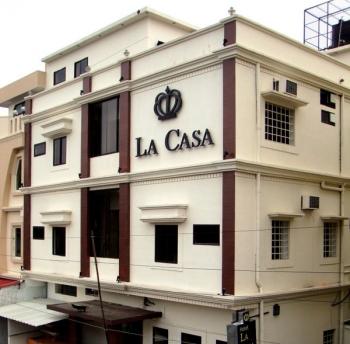La Casa Photos
