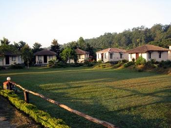 Manu Maharani Resort Photos