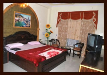Rishabh Resort Photos