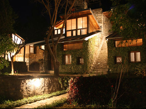 Picture of independent luxury cottages monolith resort for Luxury independent hotels