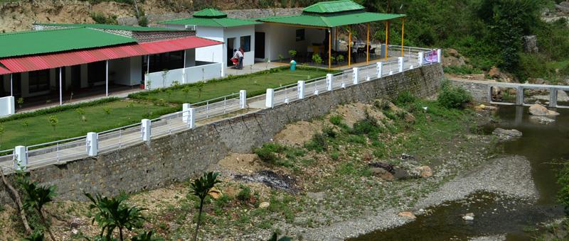 Mount view hotel near water stream sb mount resort for Mt vista cabina e motel