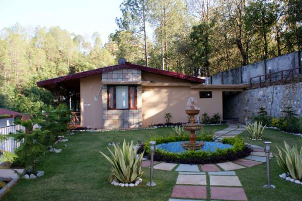 Sea Hawk Inn, Bhimtal