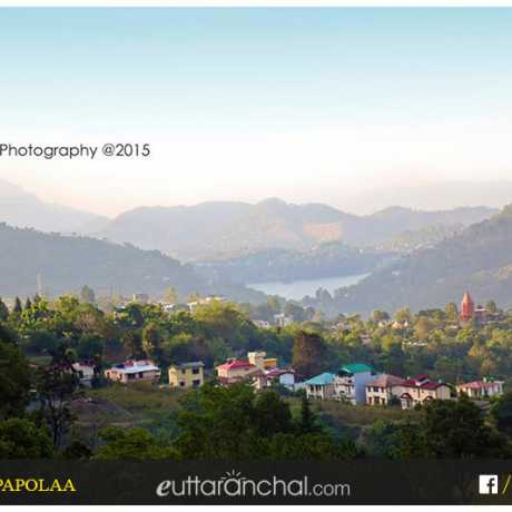 A beautiful view of Bhimtal Town.