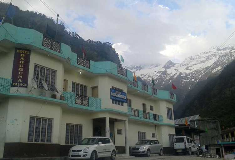 Budget Hotels in Yamunotri