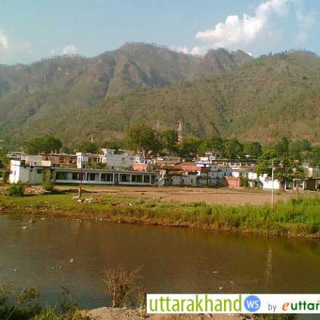 Chaukhutia on the banks of River Ramganga