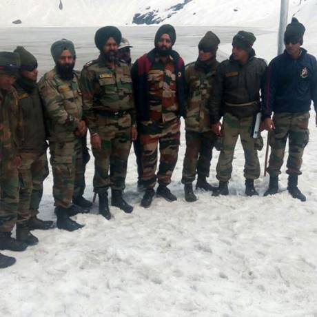 Indian Army in Hemkund before opening of shrine