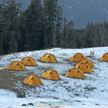 Camps in Kedarkantha base camp