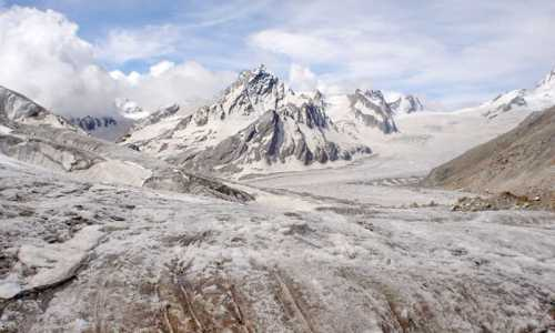 Khatling Glacier Trek via Malla Village