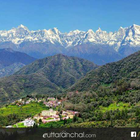 Khirsu - A beautiful hill station of Uttarakhand with panoramic views of snow capped Himalayan peaks.