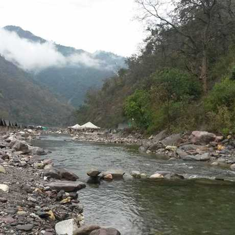 River side rafting Camps in Rishikesh.
