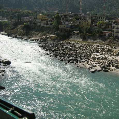 Srinagar on the bank of Alaknanda River.