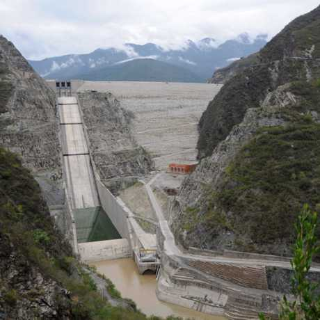 Tehri Dam - Holding the water