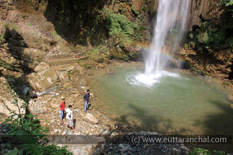 Tourists in Tiger Fall - Chakrata Photos Uttarakhand Pictures