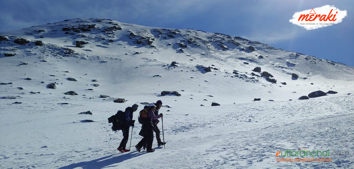 Kedarkantha Trek with Short Skiing Tour for Fun Photos