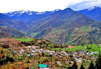 Home Stay in Sari Village