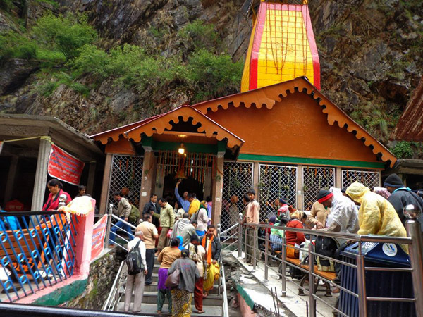 Yamunotri Dham Yatra by Helicopter From Dehradun Photos