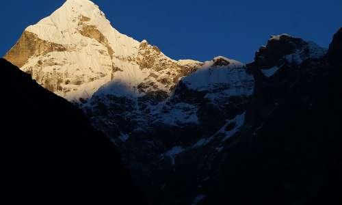Neelkantha Peak
