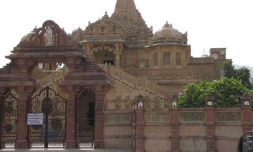 Doodadhari Barfani Temple